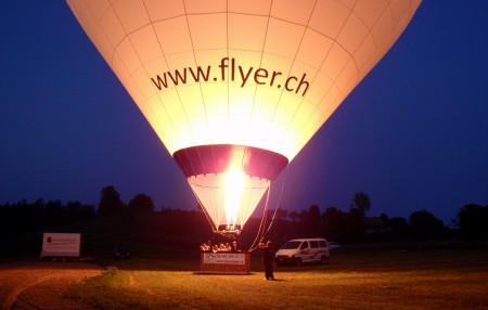 Ballonfahrt in den Sonnenaufgang (bis 3000 Meter hoch)